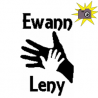 Ewann / Leny father and son hands folded book