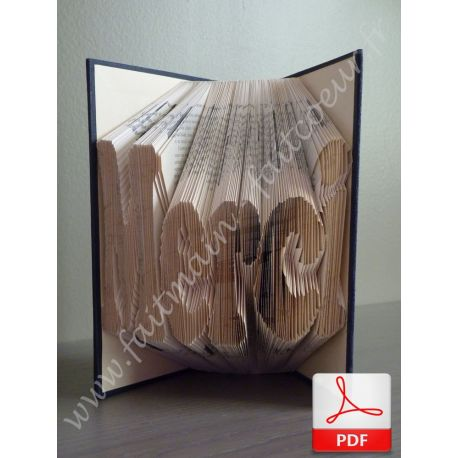 """Merci"" folded book pattern"