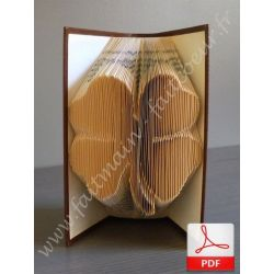 Folded book pattern 4 leaf clover
