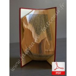 Folded book pattern stretching cat