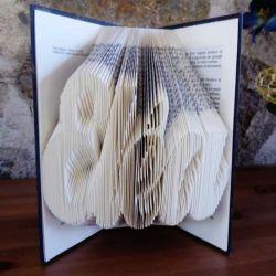 Eléa folded book